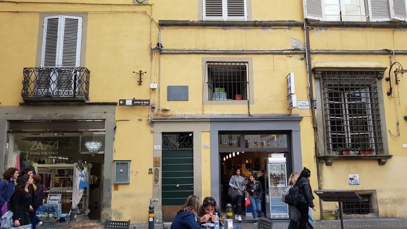Cafe in Lucca